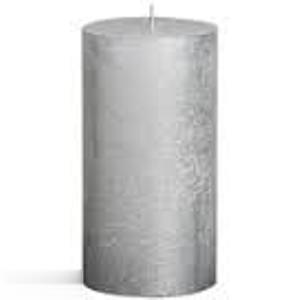 Shiny Silver Pillar Candele