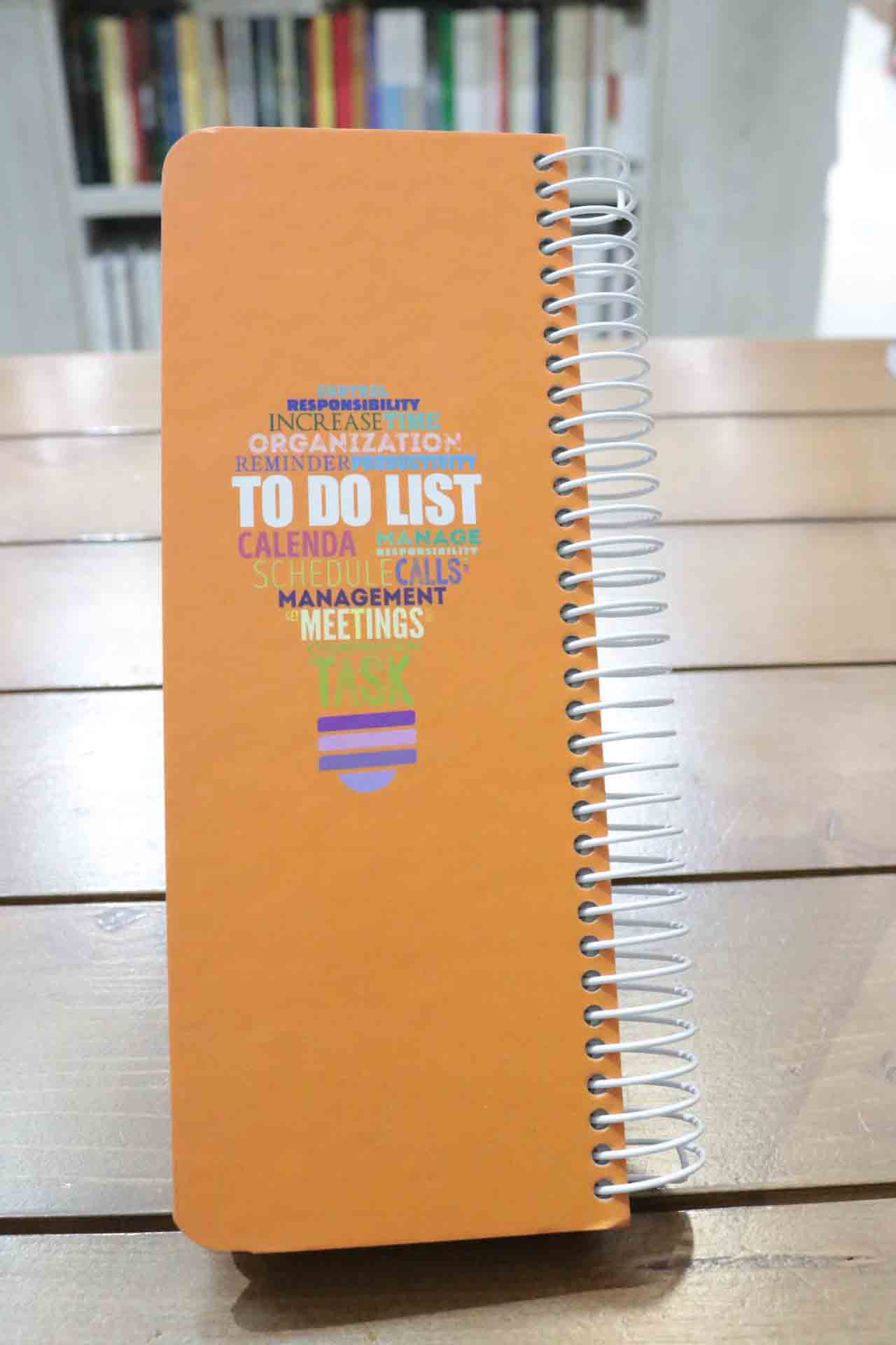 دفتر یادداشت فنر بزرگ/ to do list